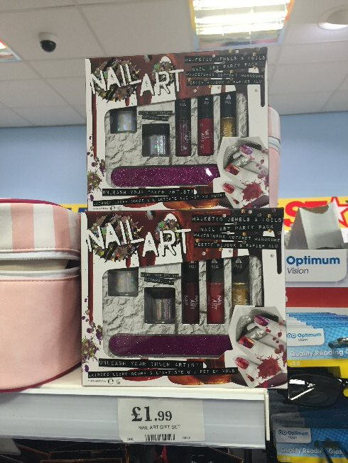 What's Awesome in Home Bargains Feb 2016 18